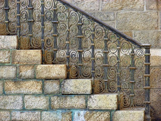 bryn-athyn-spiral-staircase